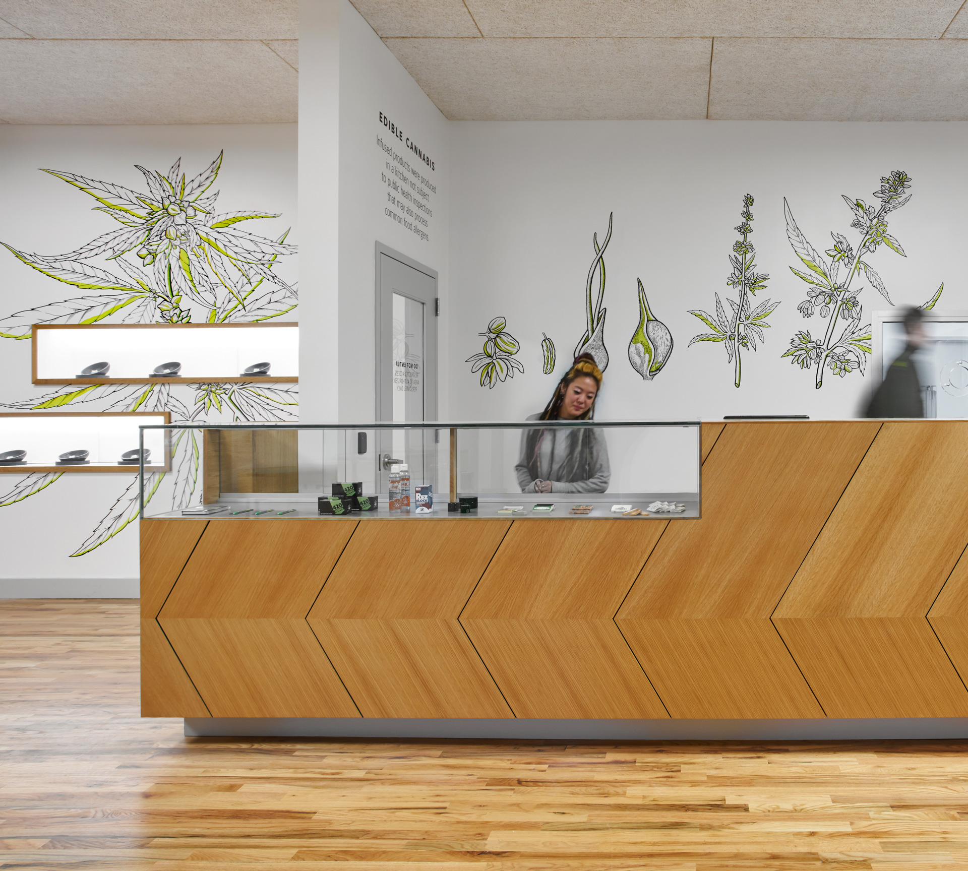 make-dispensary-33-mural-design-11